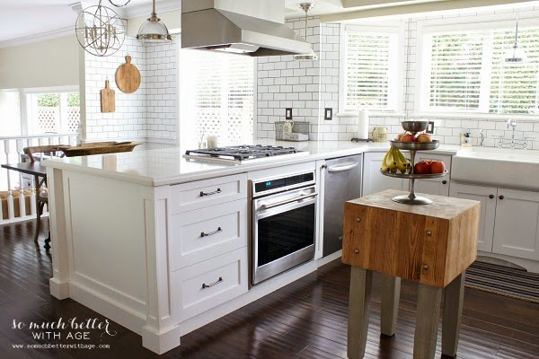 http://www.somuchbetterwithage.com/2015/02/industrial-vintage-french-kitchen/
